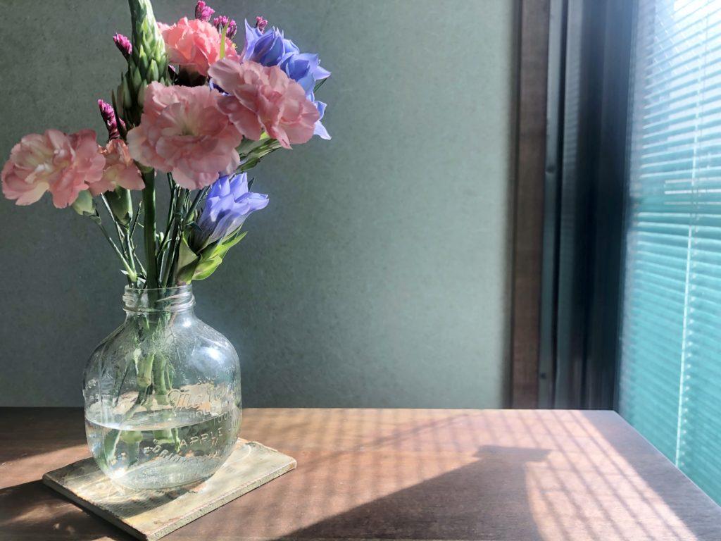 延命水を入れたあとの「ブルーミーライフ」の花